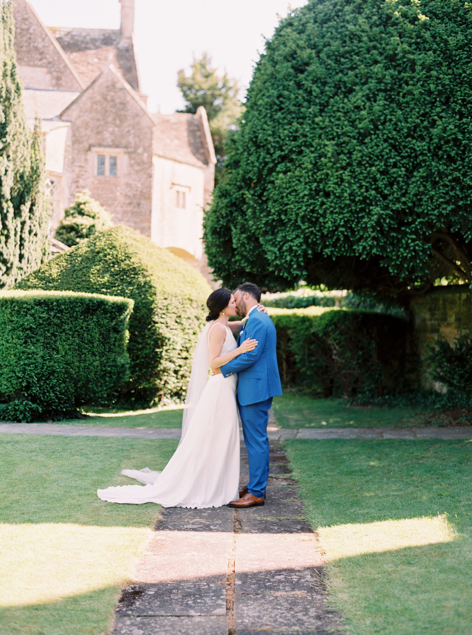 Luxury Wedding Planner UK | Jennifer & Timothy's English Country Manor Wedding | Soft Pink Pale Blue White and Silver Toned Green Neutral Tones American Bride North Cadbury Court | Nicole Colwell Photography  0059.jpg