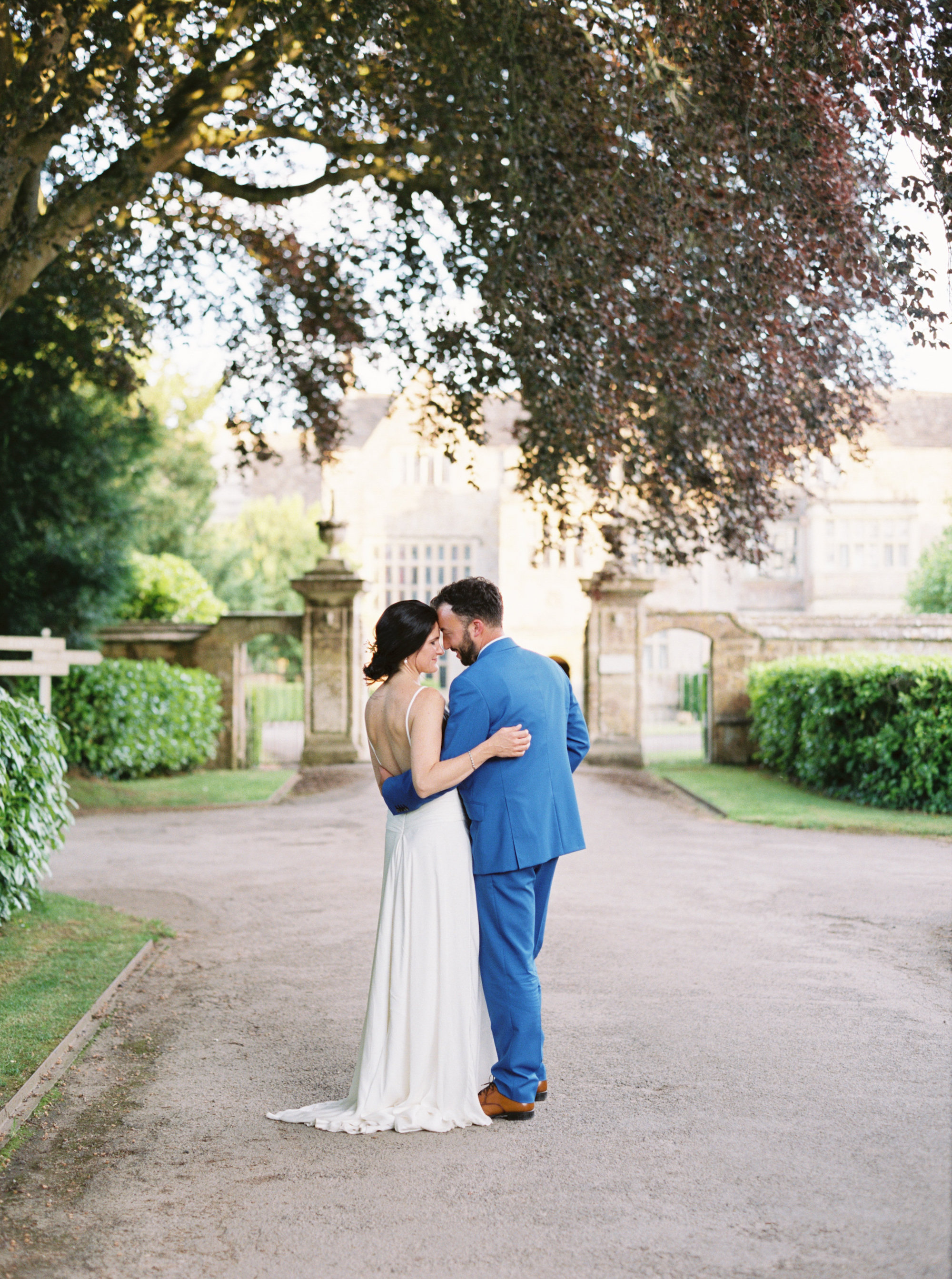 Luxury Wedding Planner UK | Jennifer & Timothy's English Country Manor Wedding | Soft Pink Pale Blue White and Silver Toned Green Neutral Tones American Bride North Cadbury Court | Nicole Colwell Photography  0092.jpg