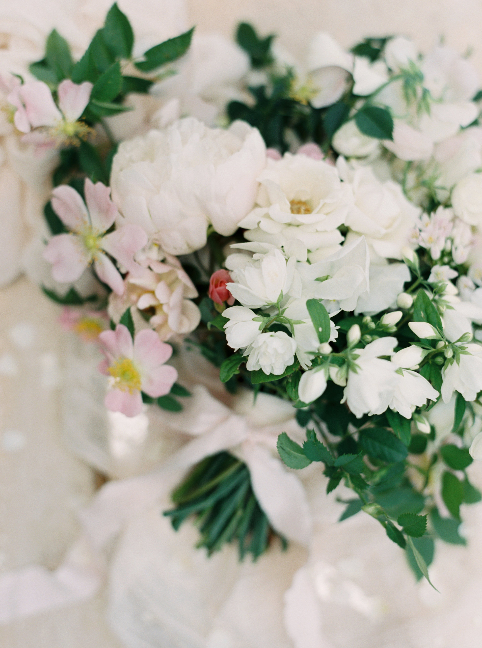 Luxury Wedding Planner UK | Jennifer & Timothy's English Country Manor Wedding | Soft Pink Pale Blue White and Silver Toned Green Neutral Tones American Bride North Cadbury Court | Nicole Colwell Photography 0540.jpg