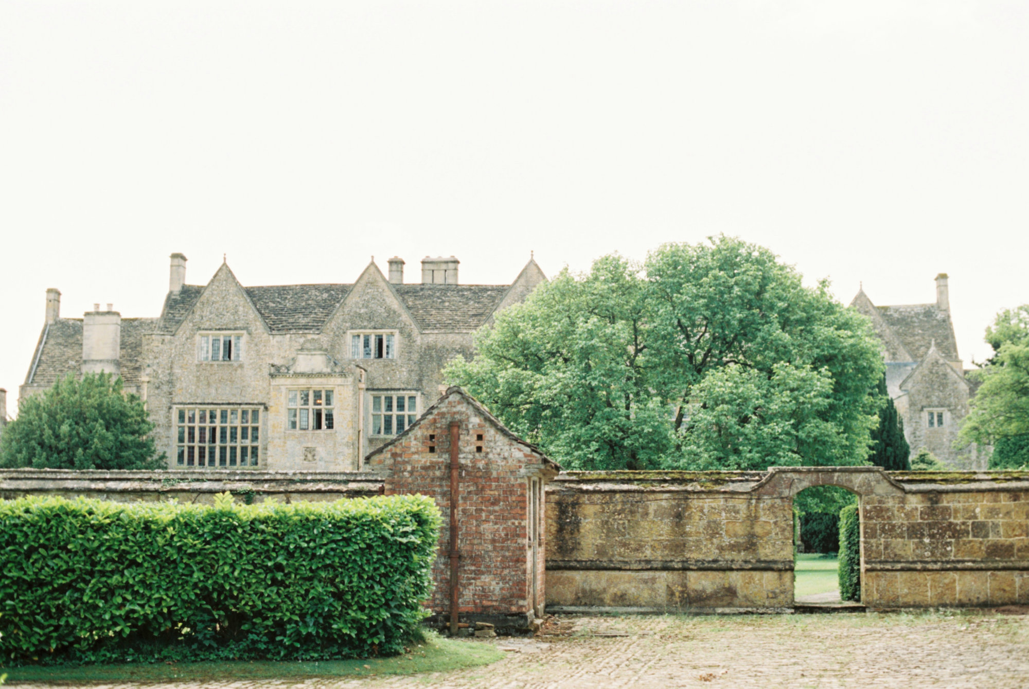 Luxury Wedding Planner UK | Jennifer & Timothy's English Country Manor Wedding | Soft Pink Pale Blue White and Silver Toned Green Neutral Tones American Bride North Cadbury Court | Nicole Colwell Photography 0407.jpg