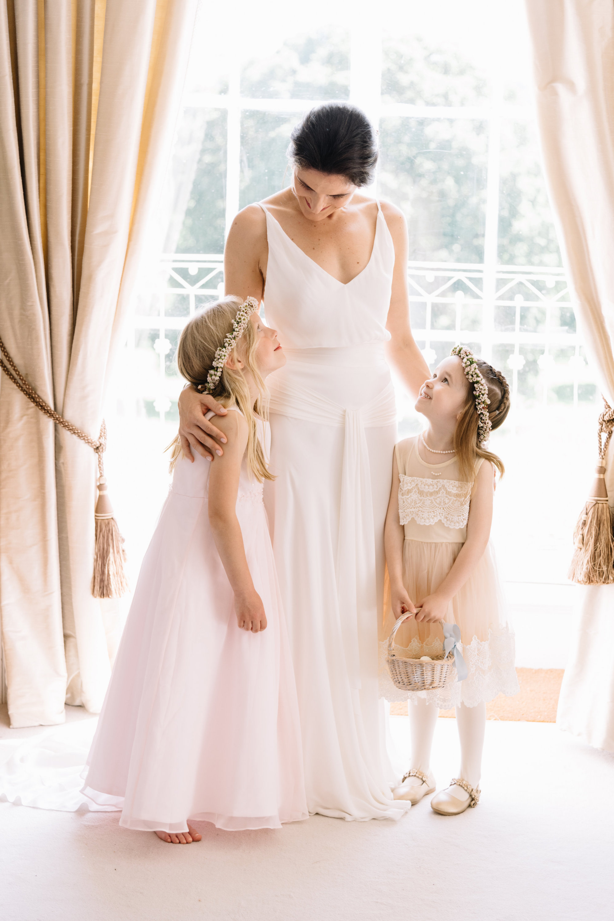 Luxury Wedding Planner UK | Jennifer & Timothy's English Country Manor Wedding | Soft Pink Pale Blue White and Silver Toned Green Neutral Tones American Bride North Cadbury Court | Nicole Colwell Photography 0725.jpg