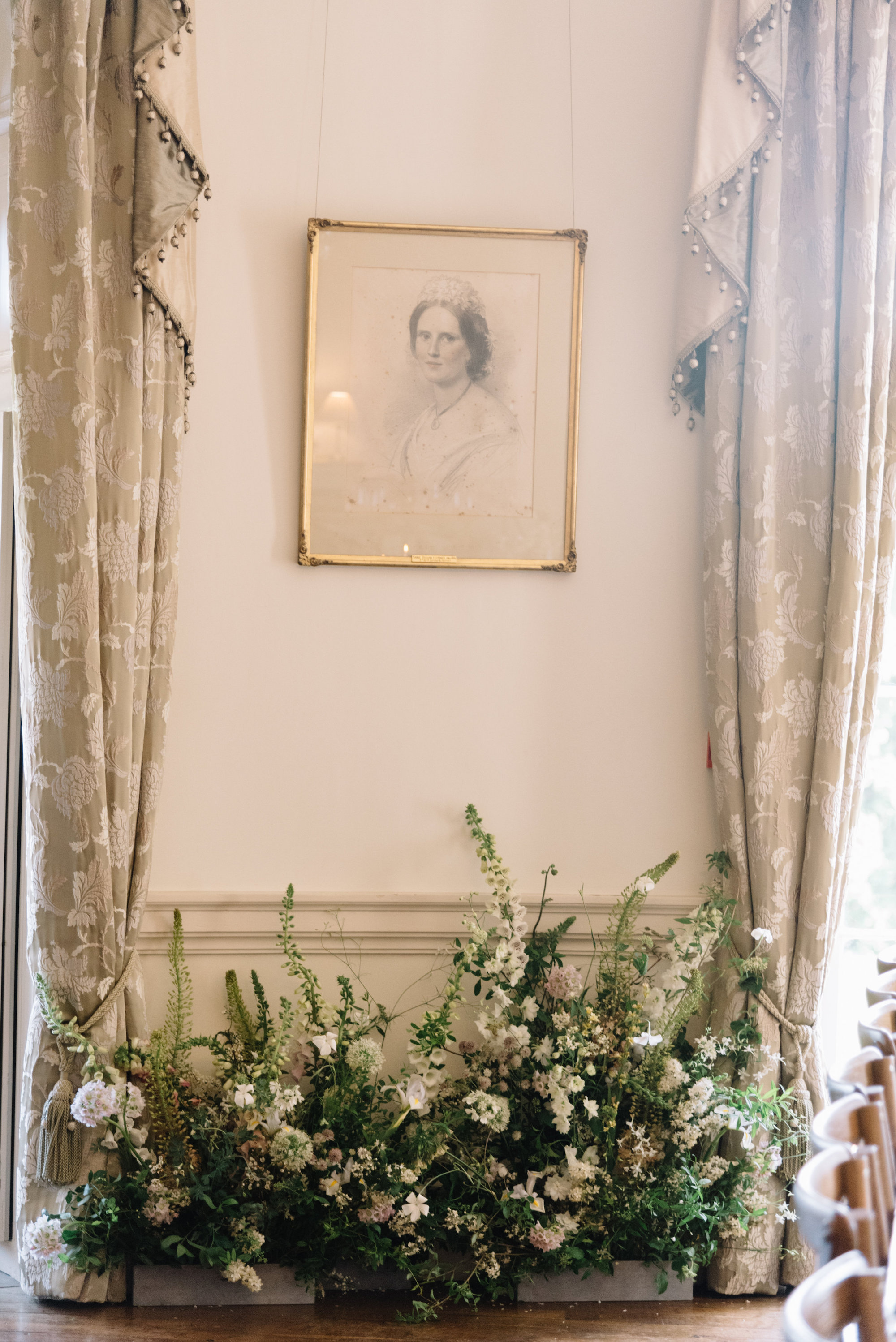 Luxury Wedding Planner UK | Jennifer & Timothy's English Country Manor Wedding | Soft Pink Pale Blue White and Silver Toned Green Neutral Tones American Bride North Cadbury Court | Nicole Colwell Photography 1286.jpg