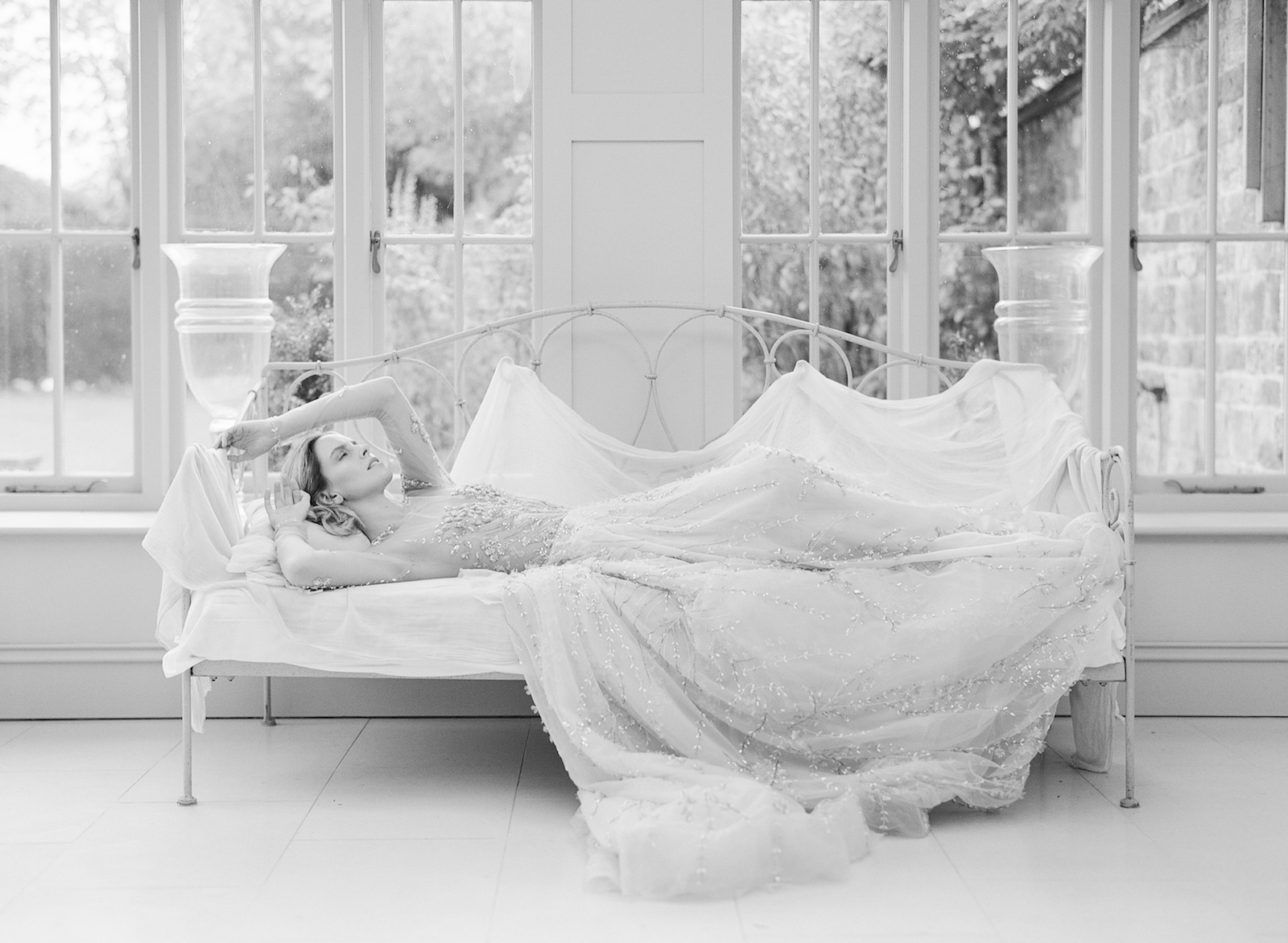 Luxury Wedding Planner UK, London & Europe | A Feminine & Refined Autumn Wedding Inspiration | English Manor Country Autumn Wedding Moody Romantic Warm Velvet Black Red and Peach Tones | Molly Carr Photography160.JPG