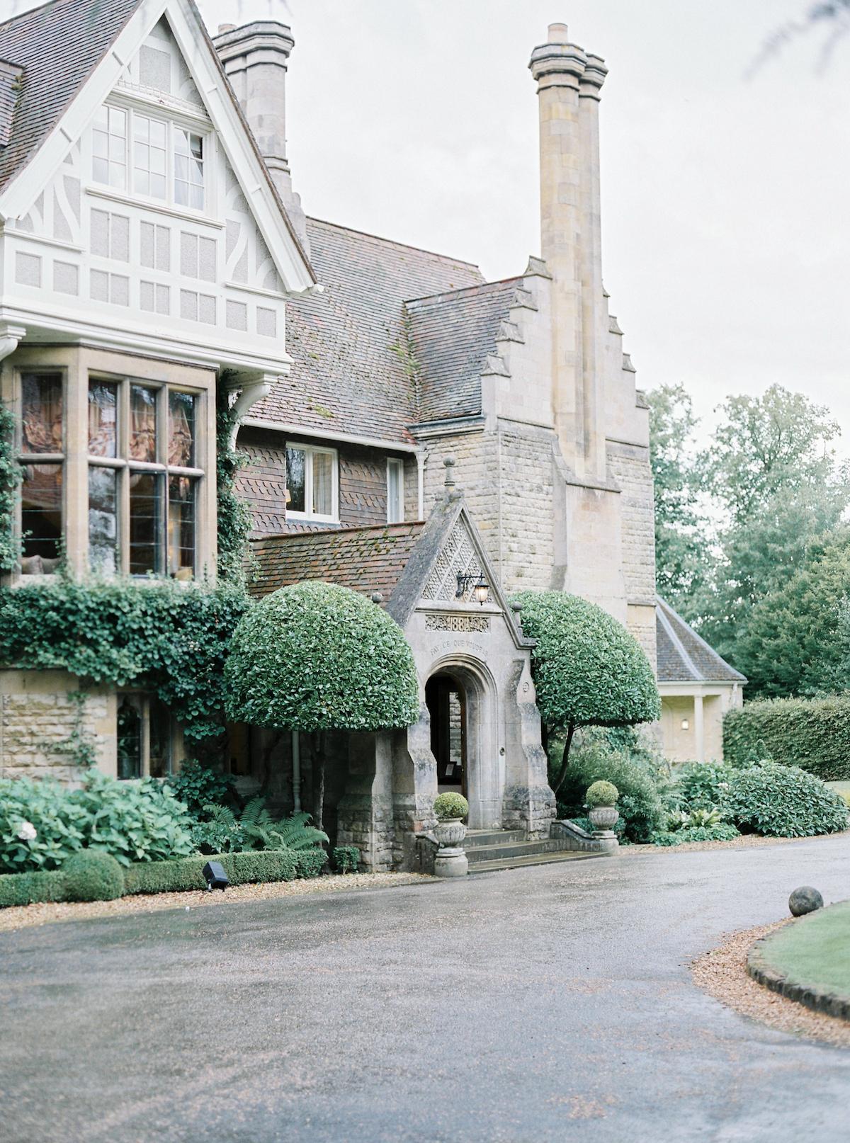 Luxury Wedding Planning | Venue Search | English Country House Wedding English Wedding English Country Manor Wedding Cotswolds Wedding European Wedding | Katie Julia Photography-219.JPG
