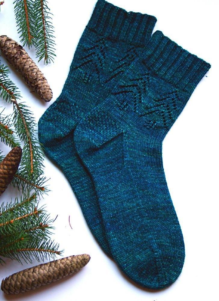 Evergreen Socks  by   Madeline Gannon
