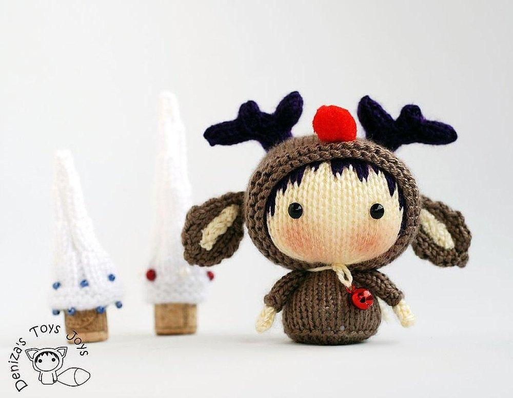 Christmas Deer Tanoshi Doll  by   DenizasToysJoys