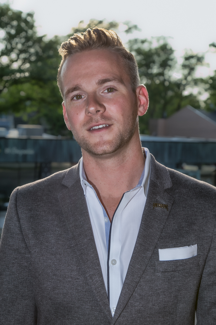 Michael Riley  Regional Vice President, Automotive Industry Lead Nativo
