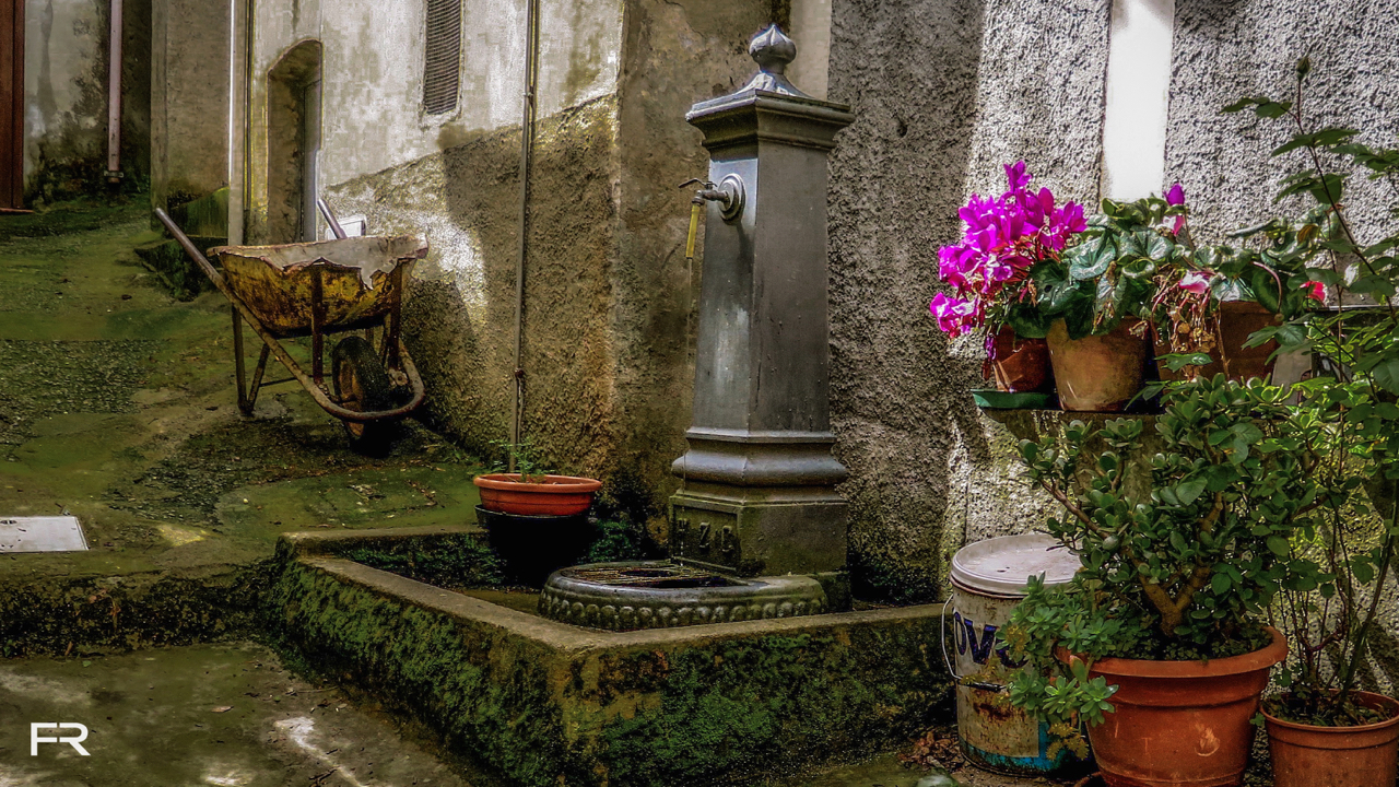 Water tap SanLauro.jpg