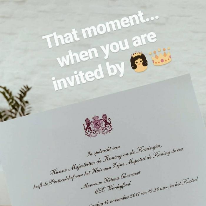 De uitnodiging van de Koning en Koningin voor het Koninklijke Diner