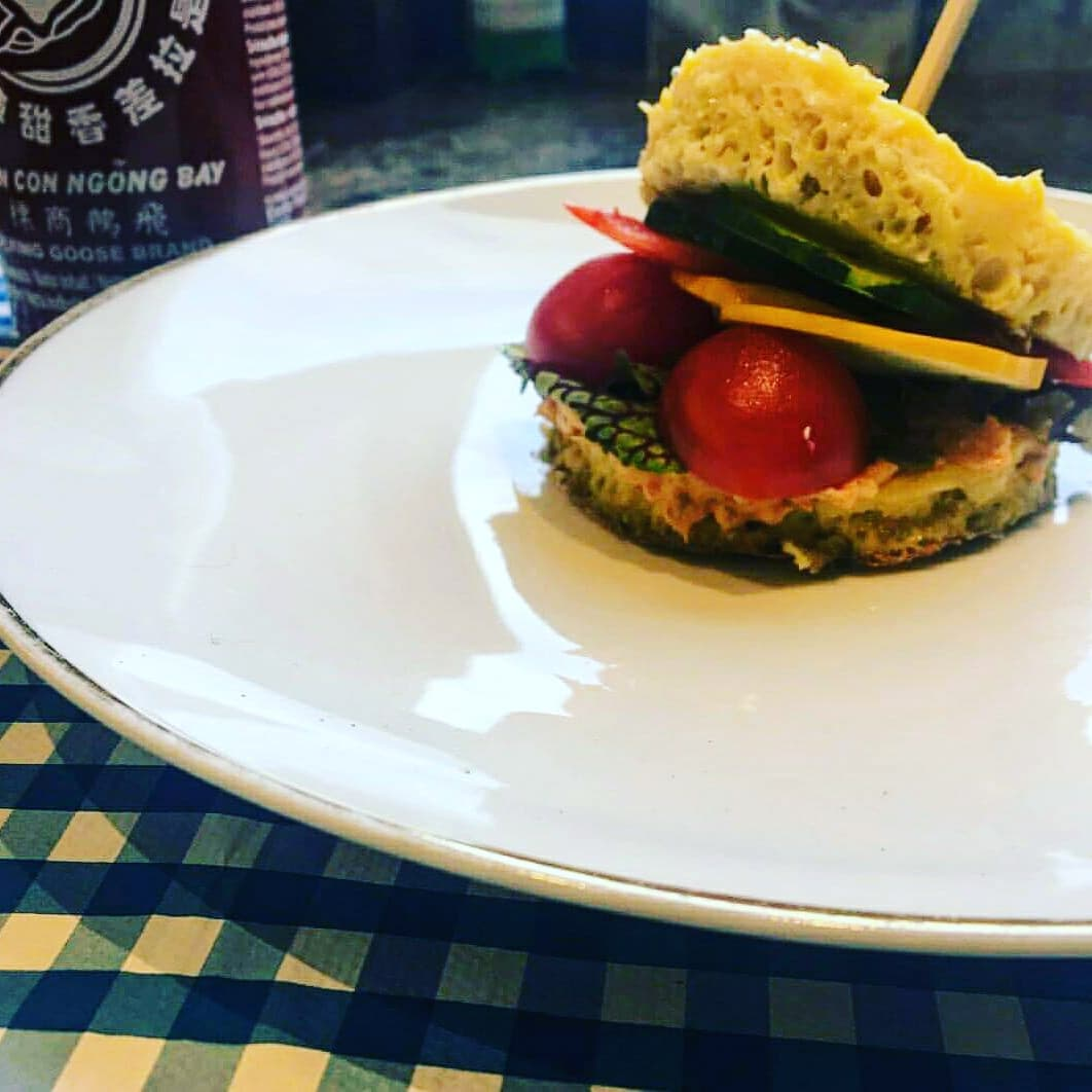 Healthy burger with Wonky hummus and salmon