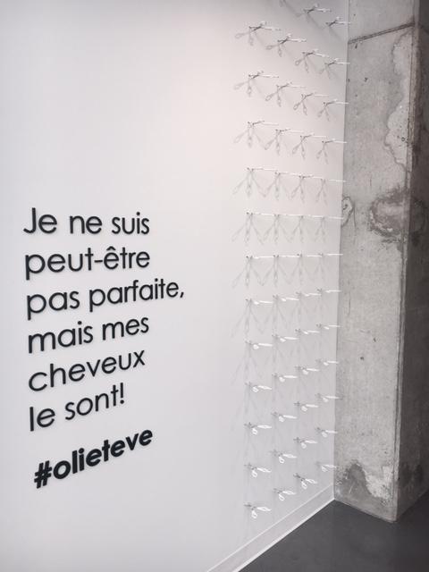 Oli & Eve - Maison de Coiffure mur à selfie