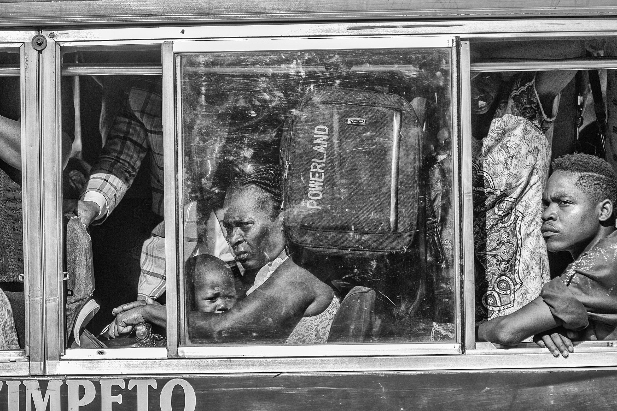 ©Mauro Vombe, Passengers. 016.jpg