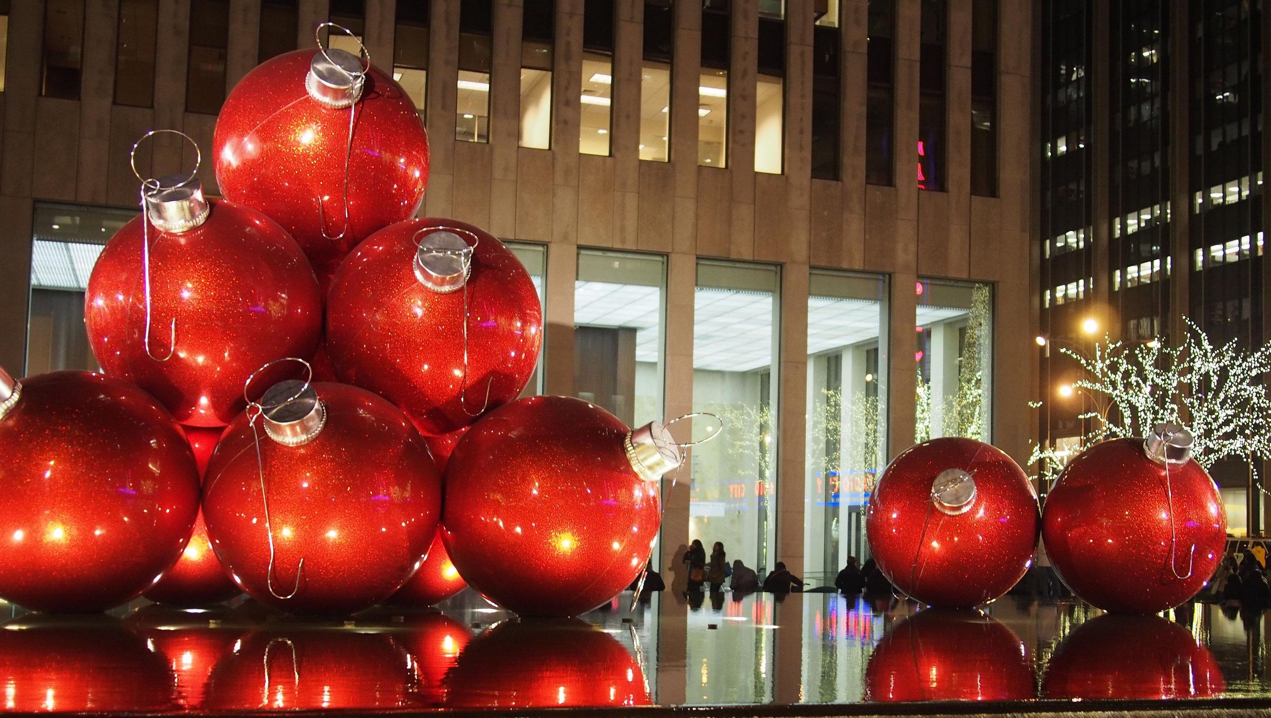 joulukoristelua Manhattanilaisittain