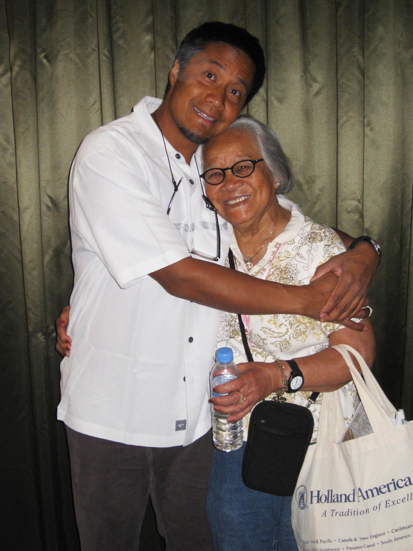 Journalist Alex Tizon and Lola in 2008.Courtesy of the Tizon family