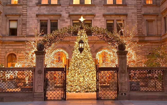 New York Palace Hotel Winter Wedding site extroidinaire
