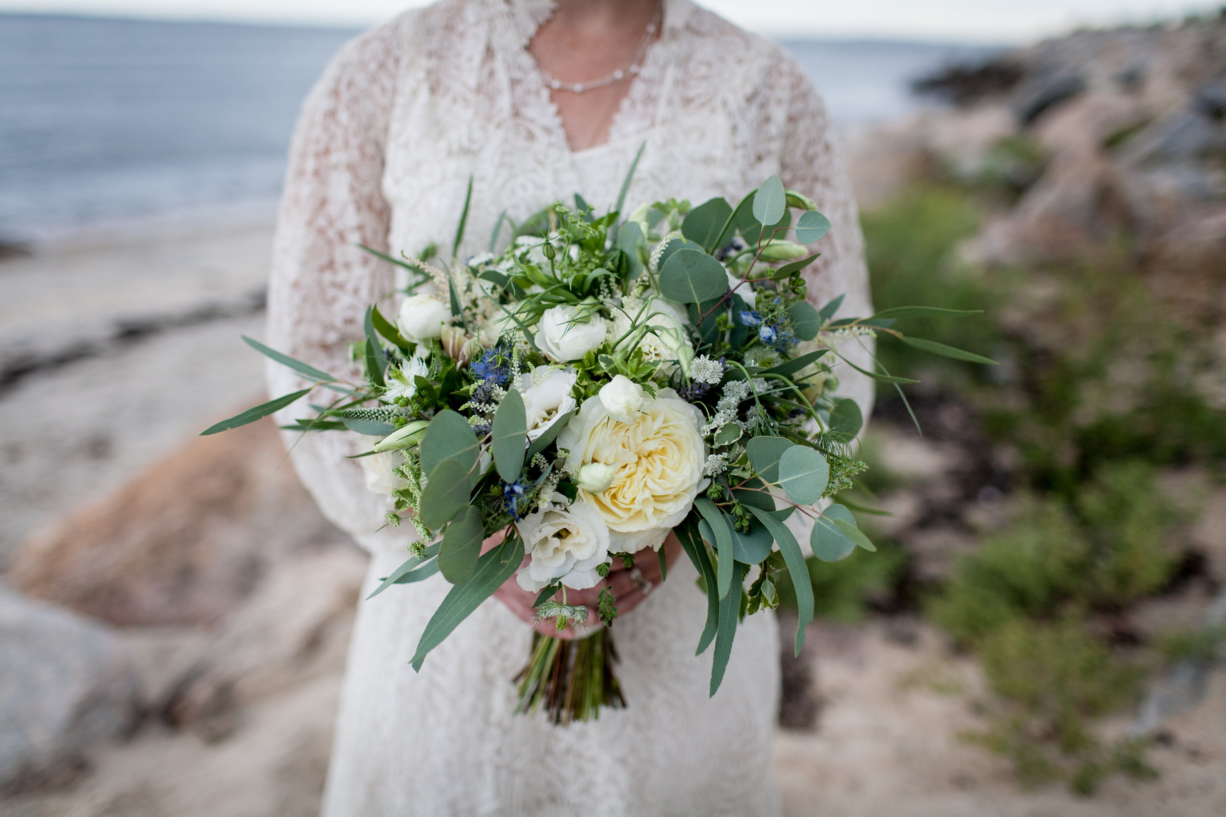 Hana Floral Design with Ashley Douglass Events, CT Wedding. Brookelyn Photography.
