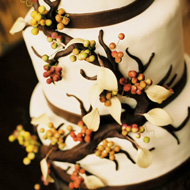 fall-wedding-cake-by-the-knot.jpg