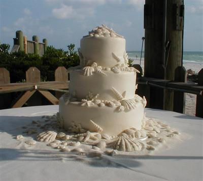 shell wedding cake.jpg