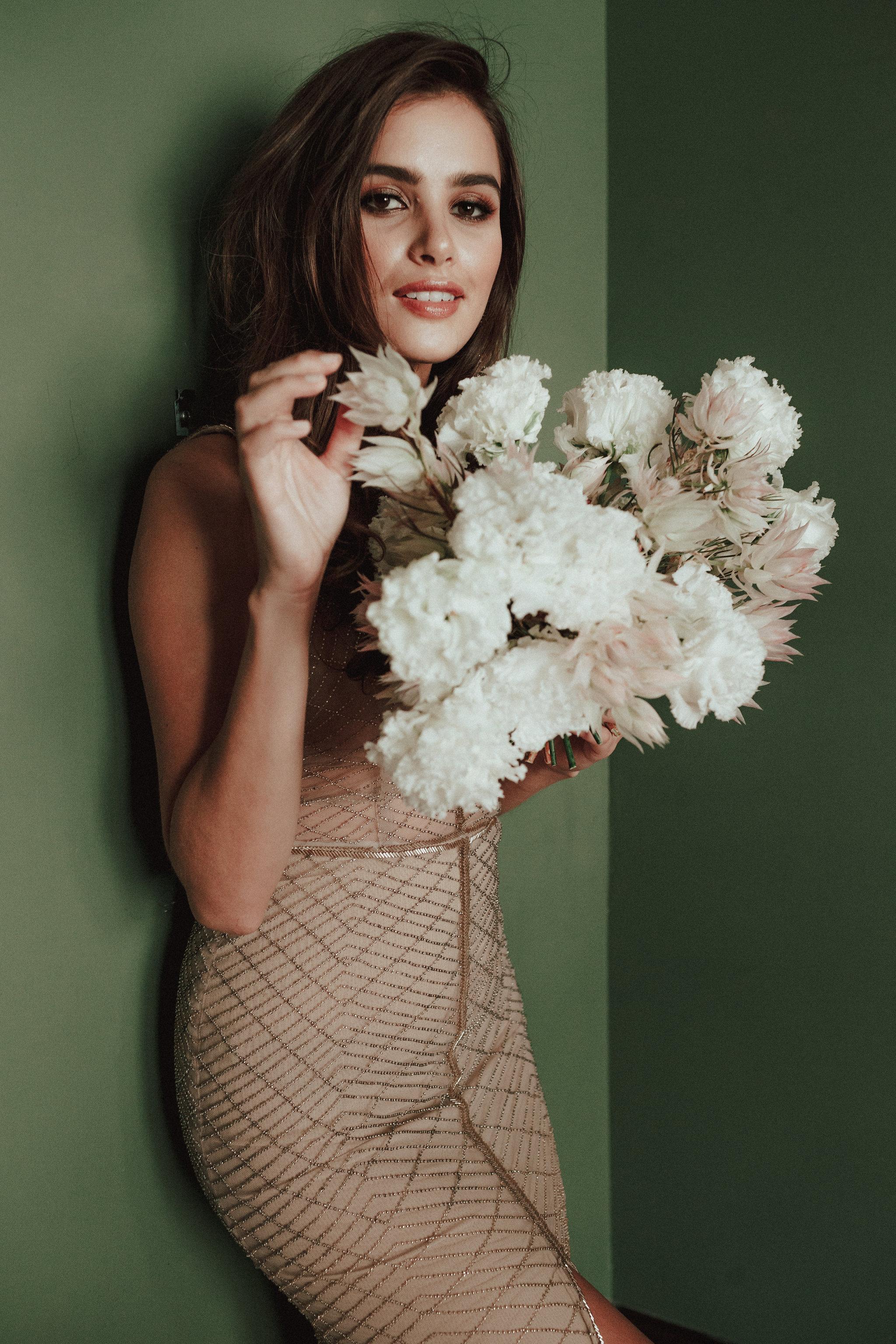 unique-modern-romantic-wedding-dress.jpg