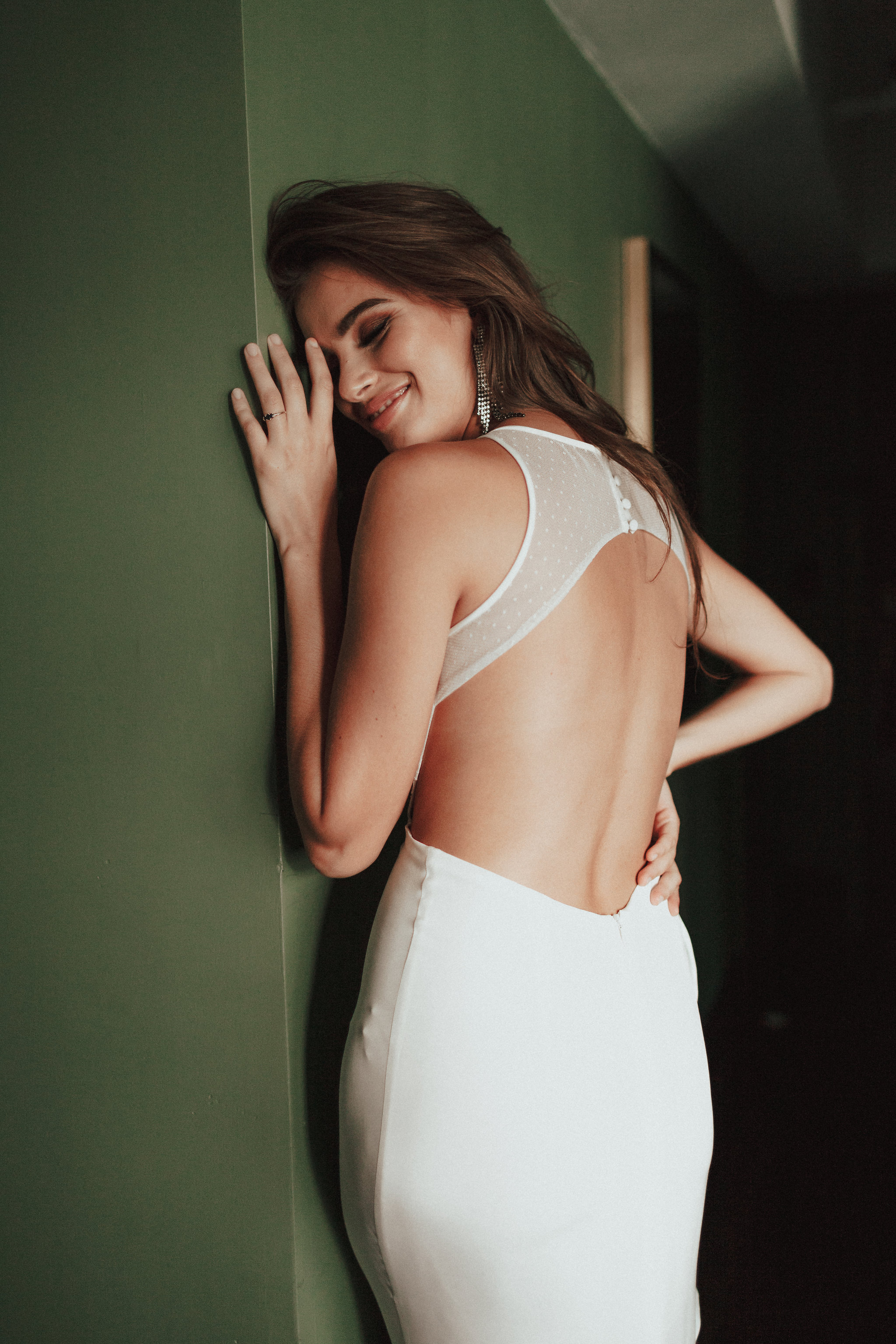 open-back-wedding-dress.jpg