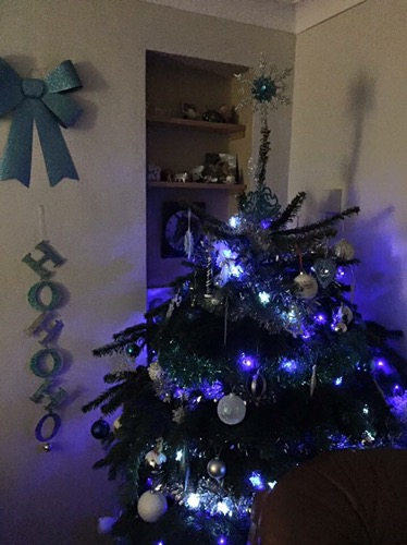 blue and silver decorated Christmas tree