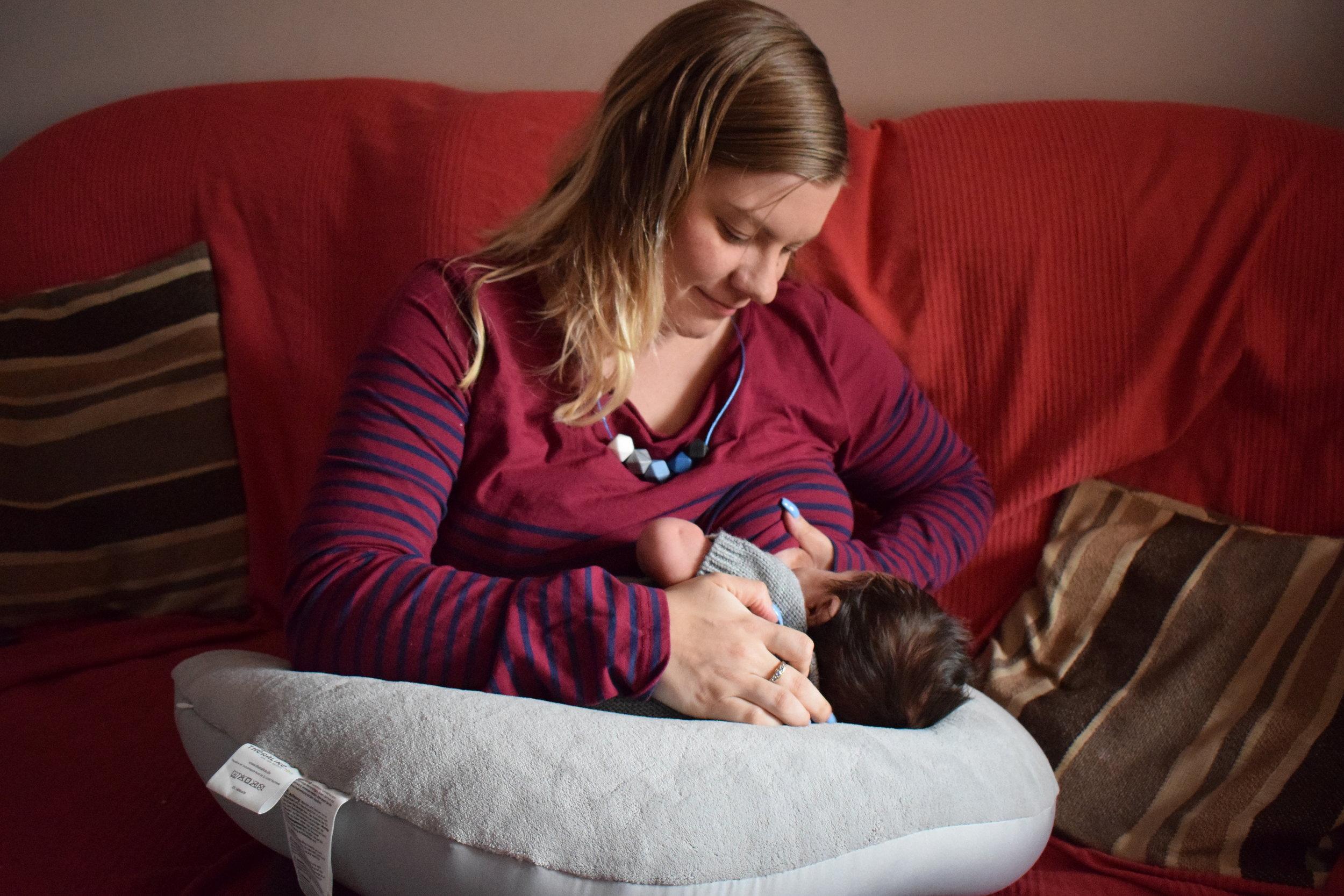 DSC_0219.JPGMe Becoming Mum's Newborn Must Haves Theraline Plushy Moon