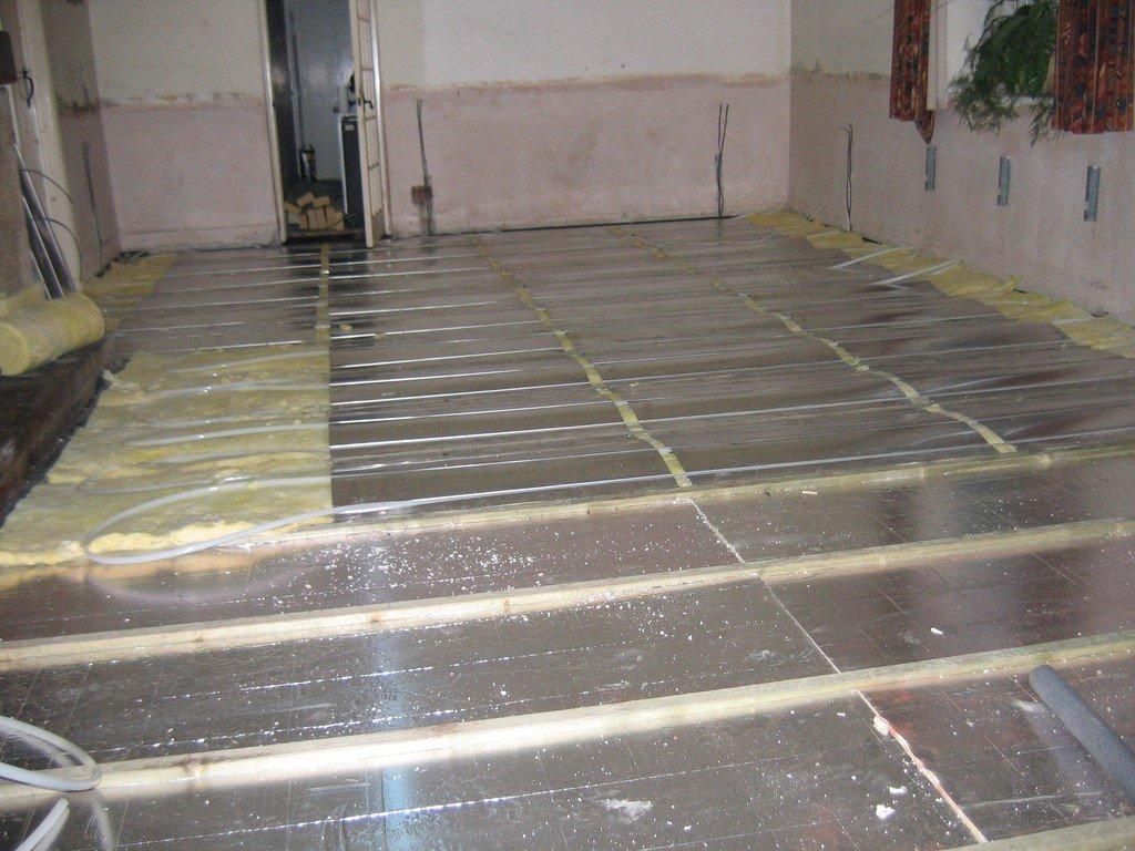 underfloor heating vs radiator heating