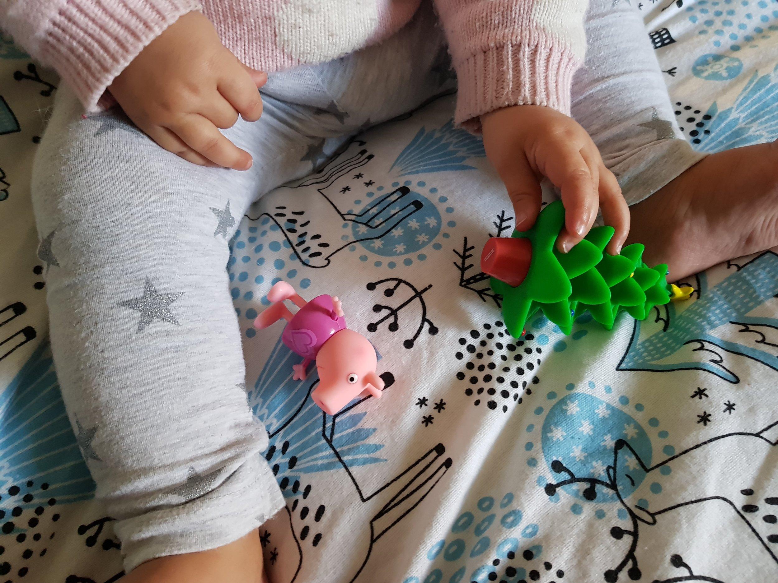 Peppa Pig Presents and Pajamas gift set