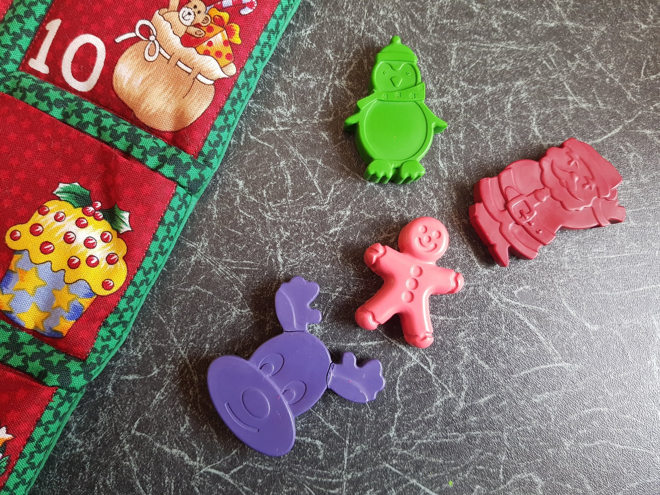Fun Little Creations Christmas crayons