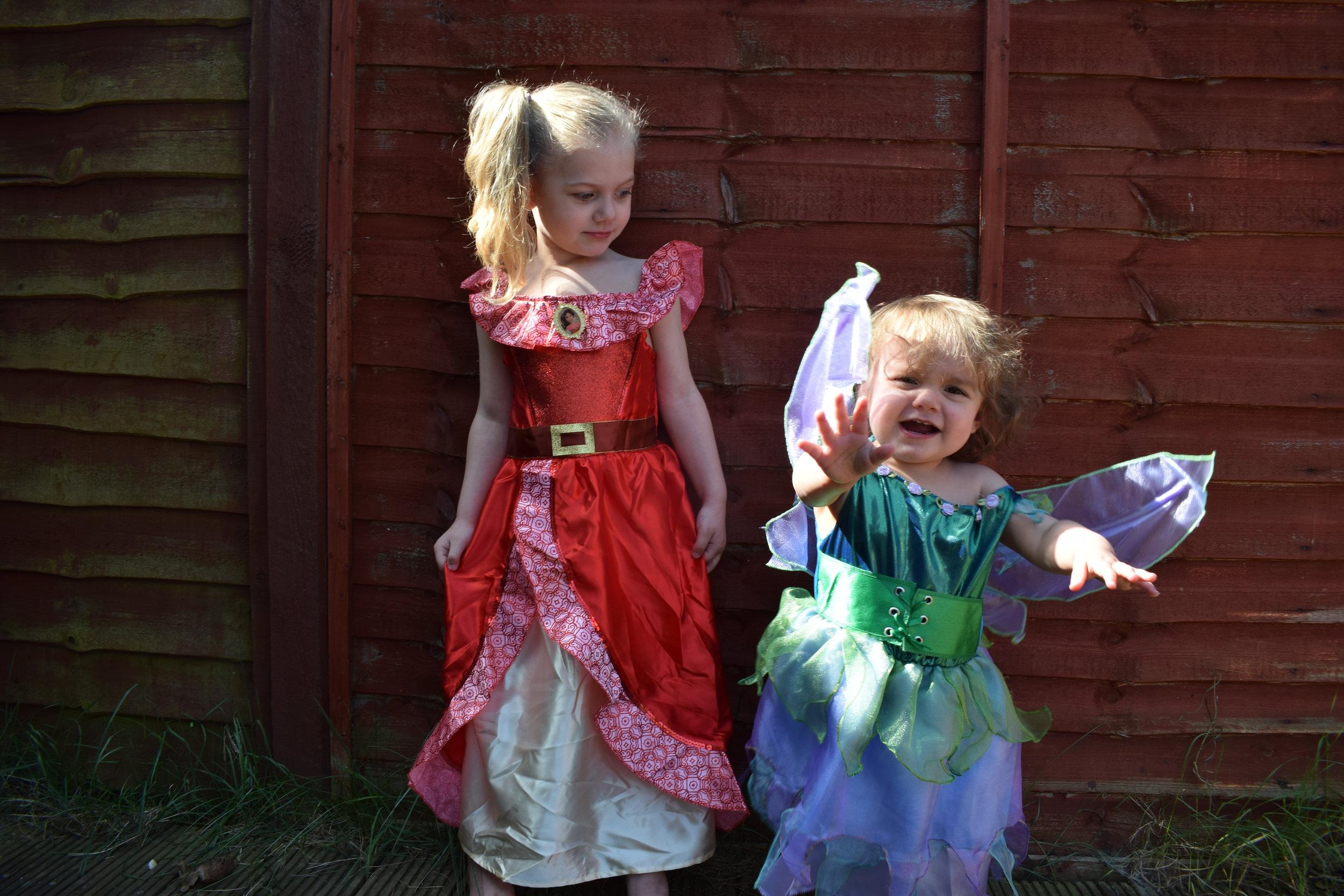 Vegaoo fancy dress costumes for girls