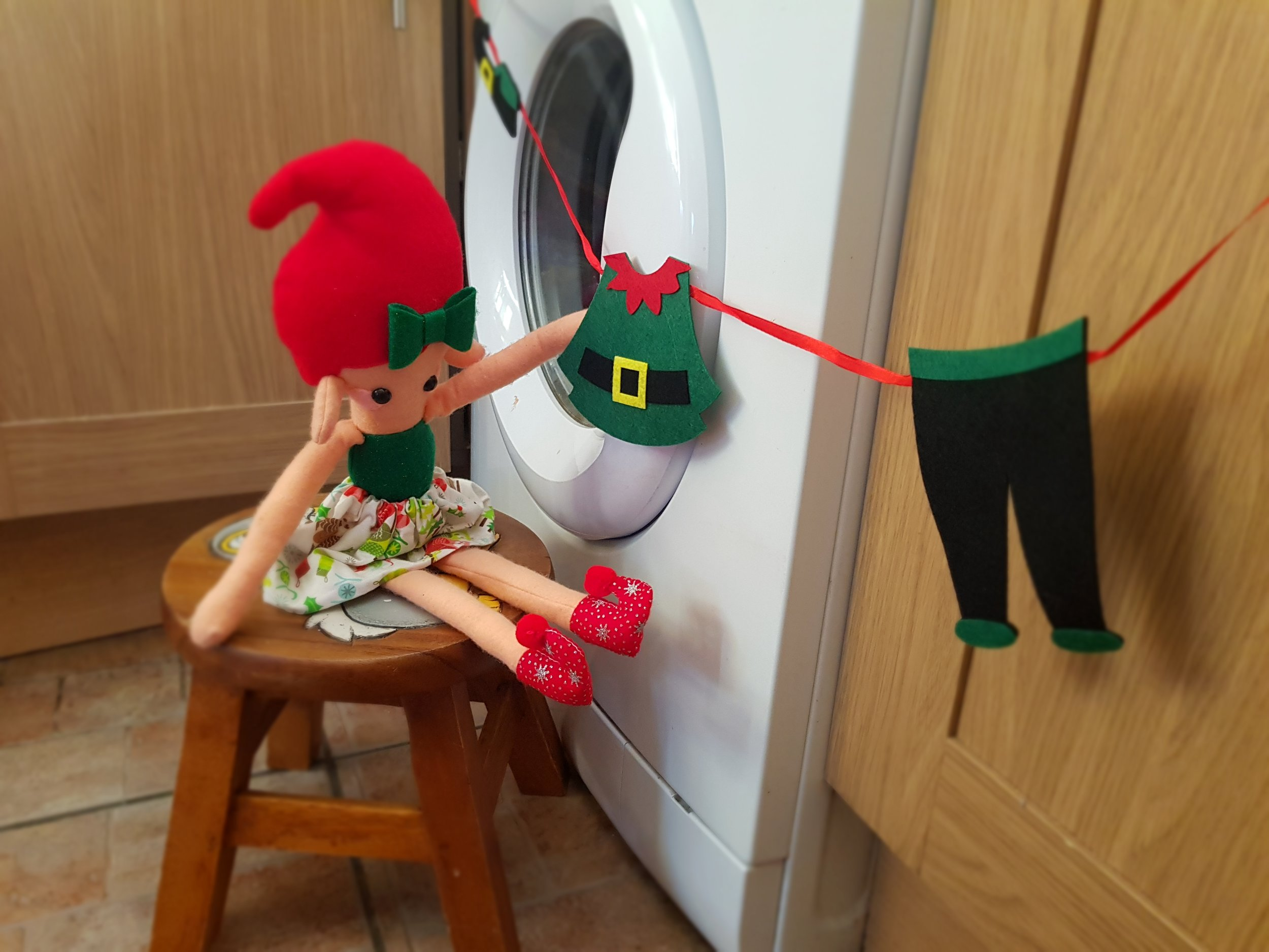 Elf on a Shelf December 6th Laundry Day