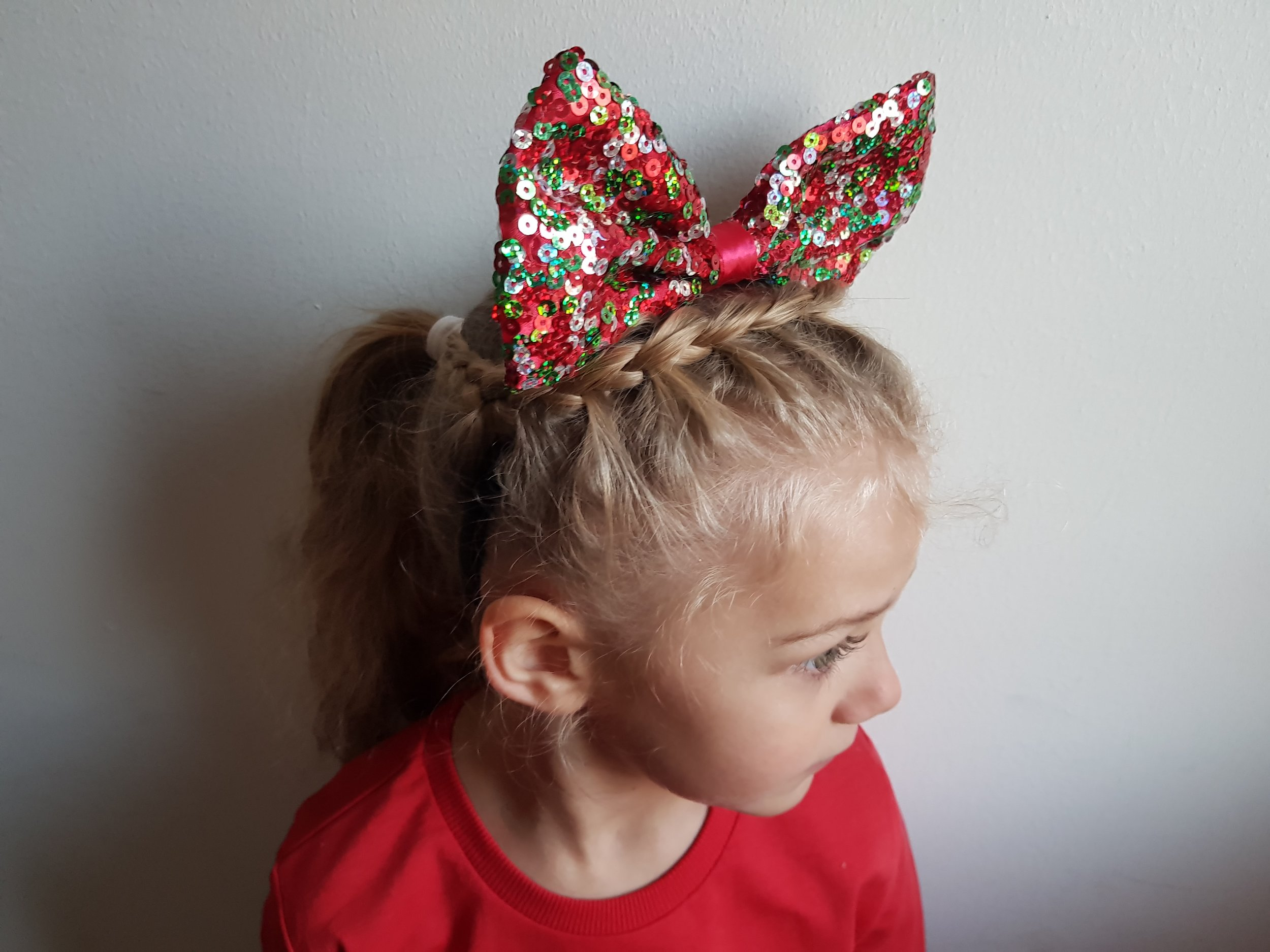 Giant bow headband from Primark