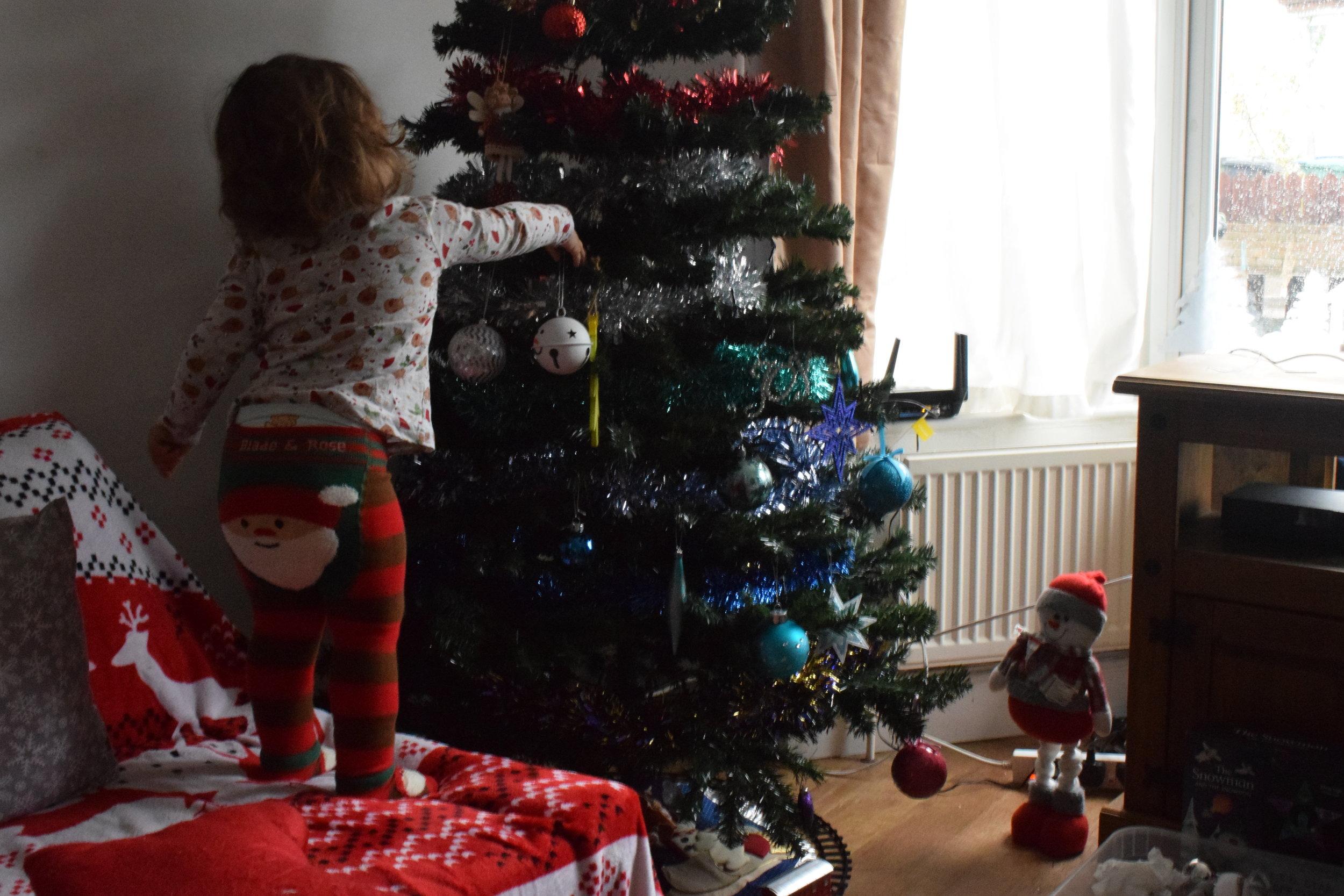 Blade and Rose Santa leggings