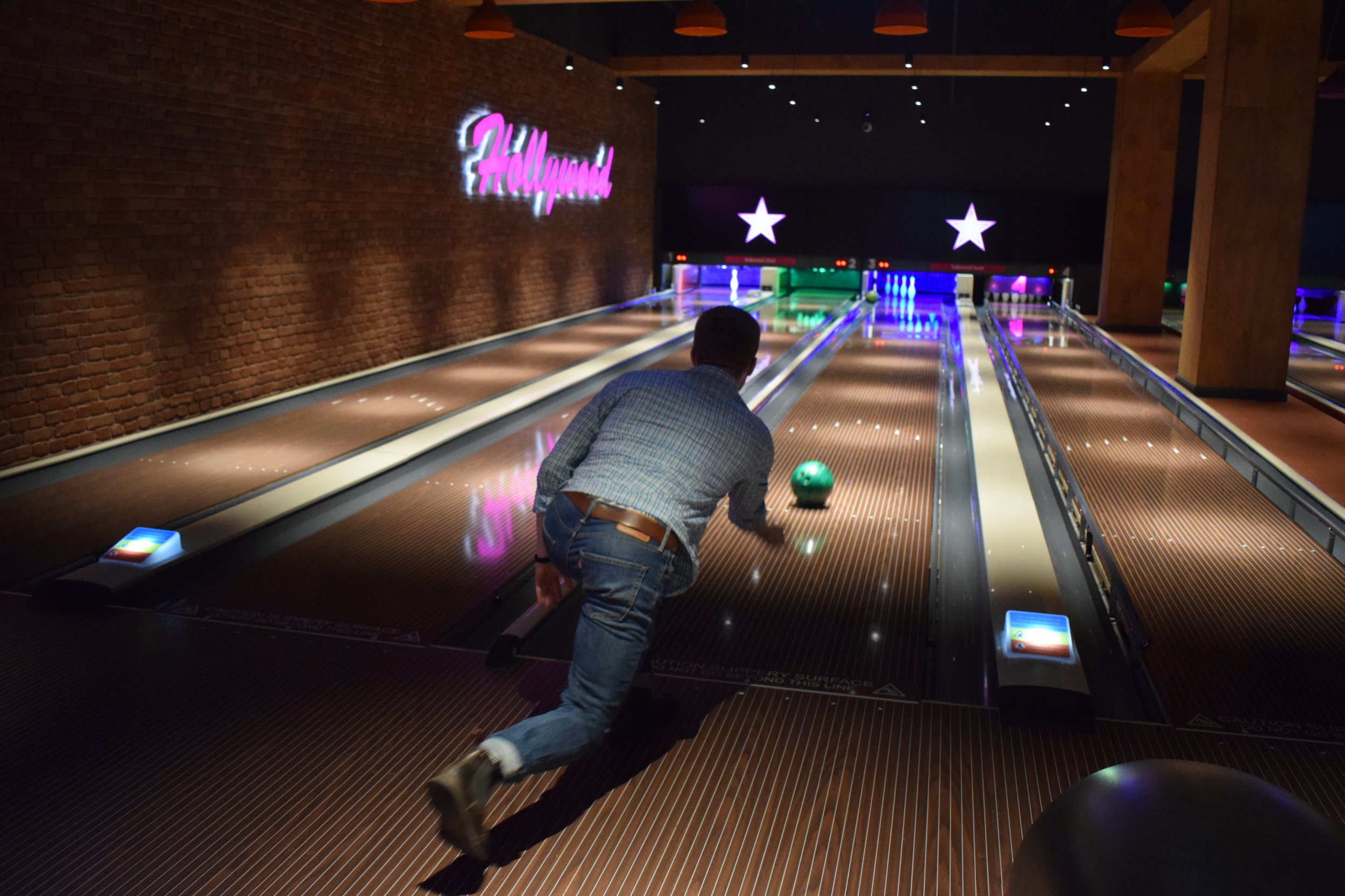 Bowling at Hollywood Bowl, Intu Watford