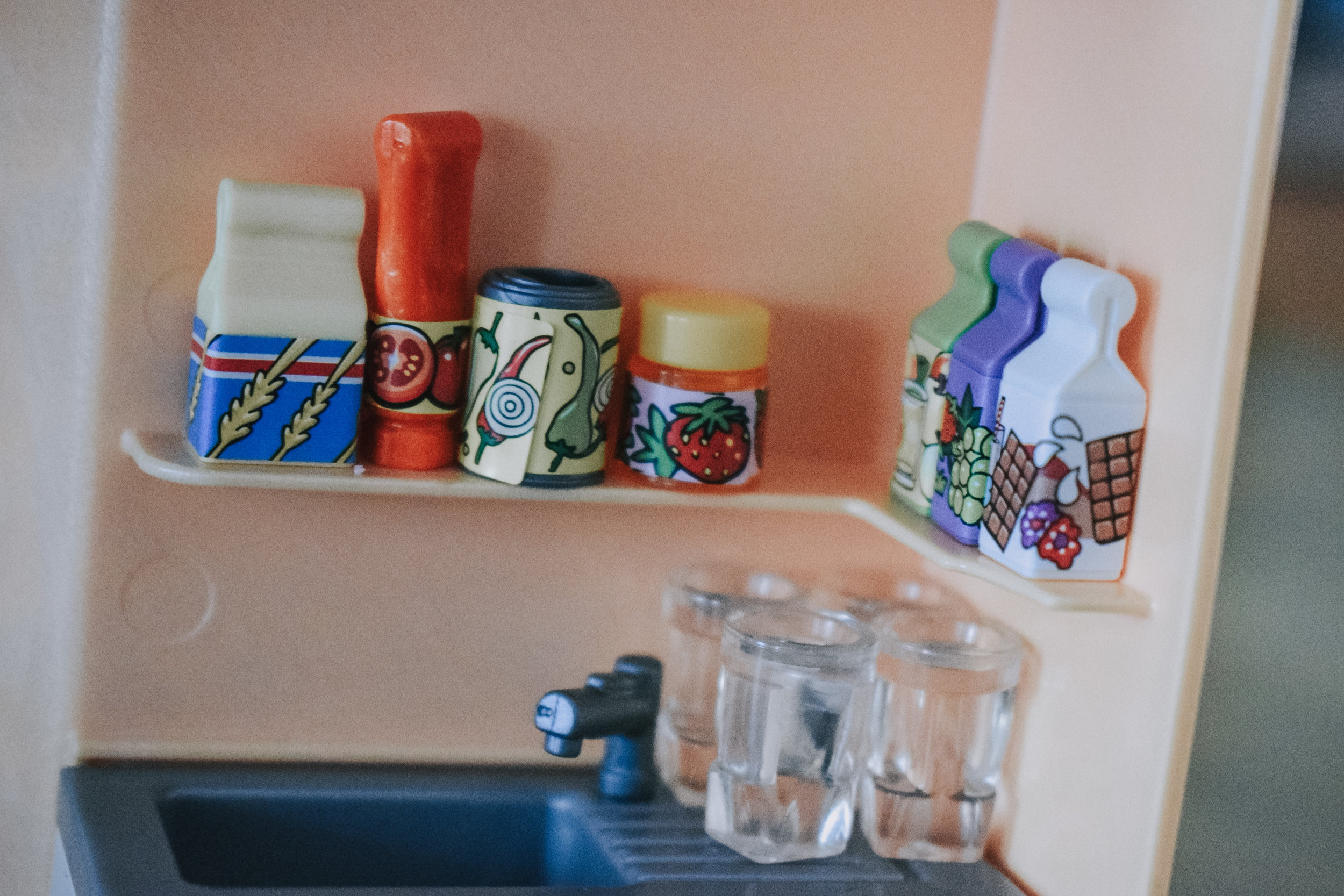 Playmobil Family Life 9420 summer villa set