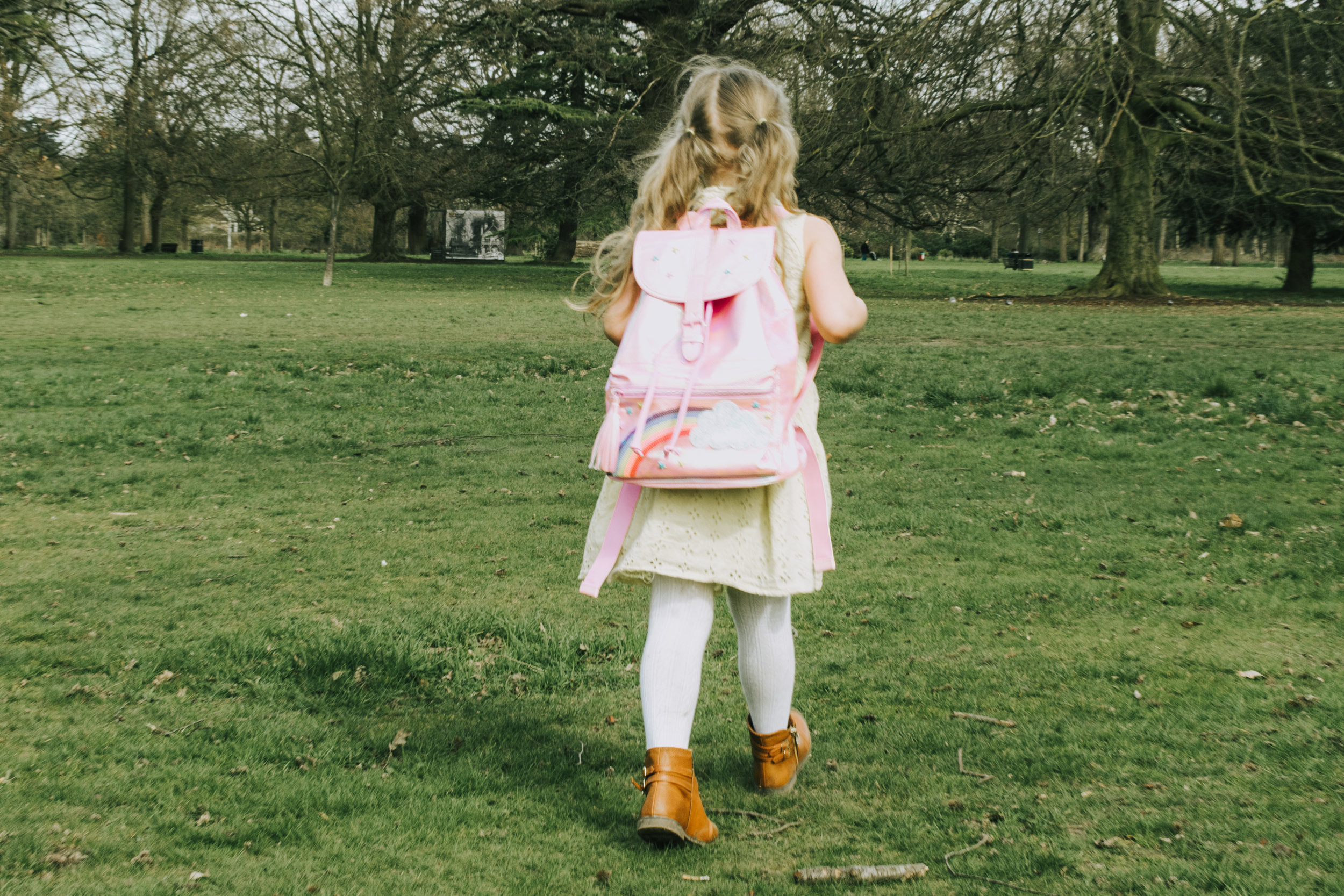 Smiggle pink rainbow cloud backpack