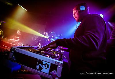 DJ Logic-20131110-043-S.jpg