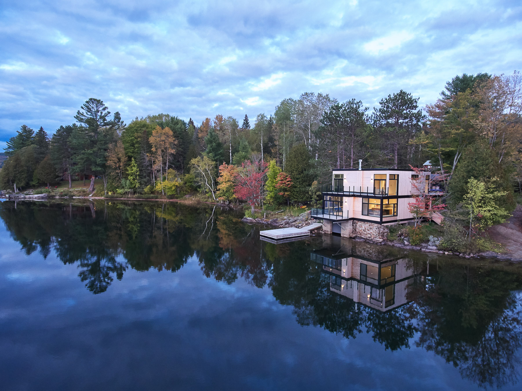 032-Shean Architects Val des Monts.jpg