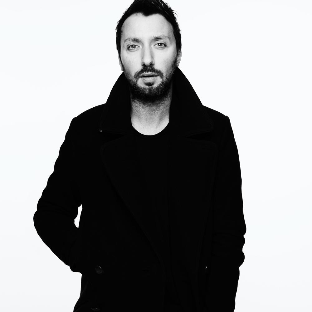 Anthony Vaccarrello - Directeur artistique chez Yves Saint Laurent, succédant à Hedi Slimane