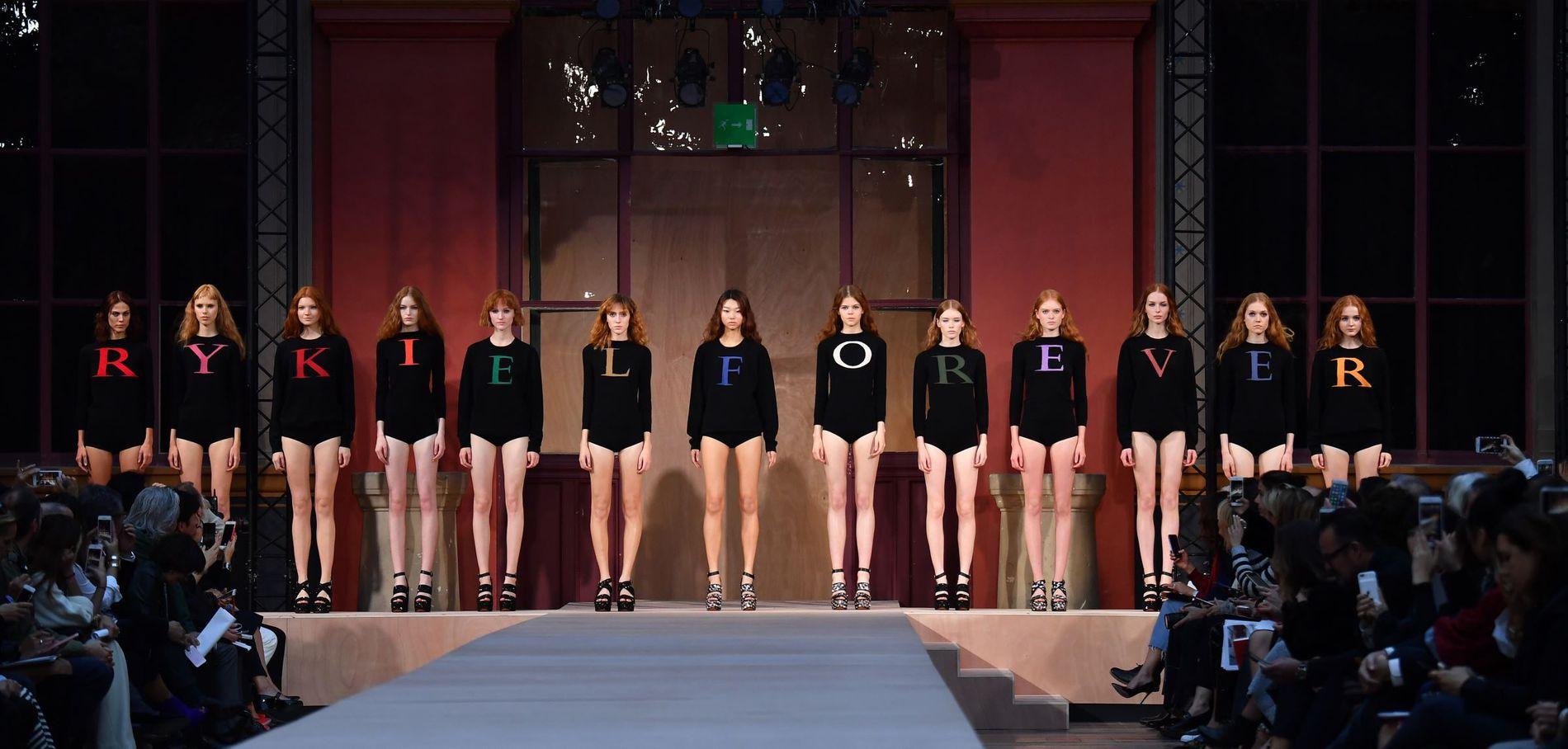 Le-defile-Sonia-Rykiel-a-la-fashion-week-de-Paris_exact1900x908_l.jpg