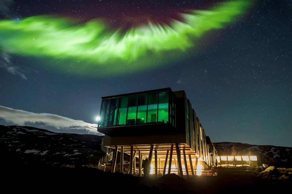 Un hôtel pour contempler les aurores boréales