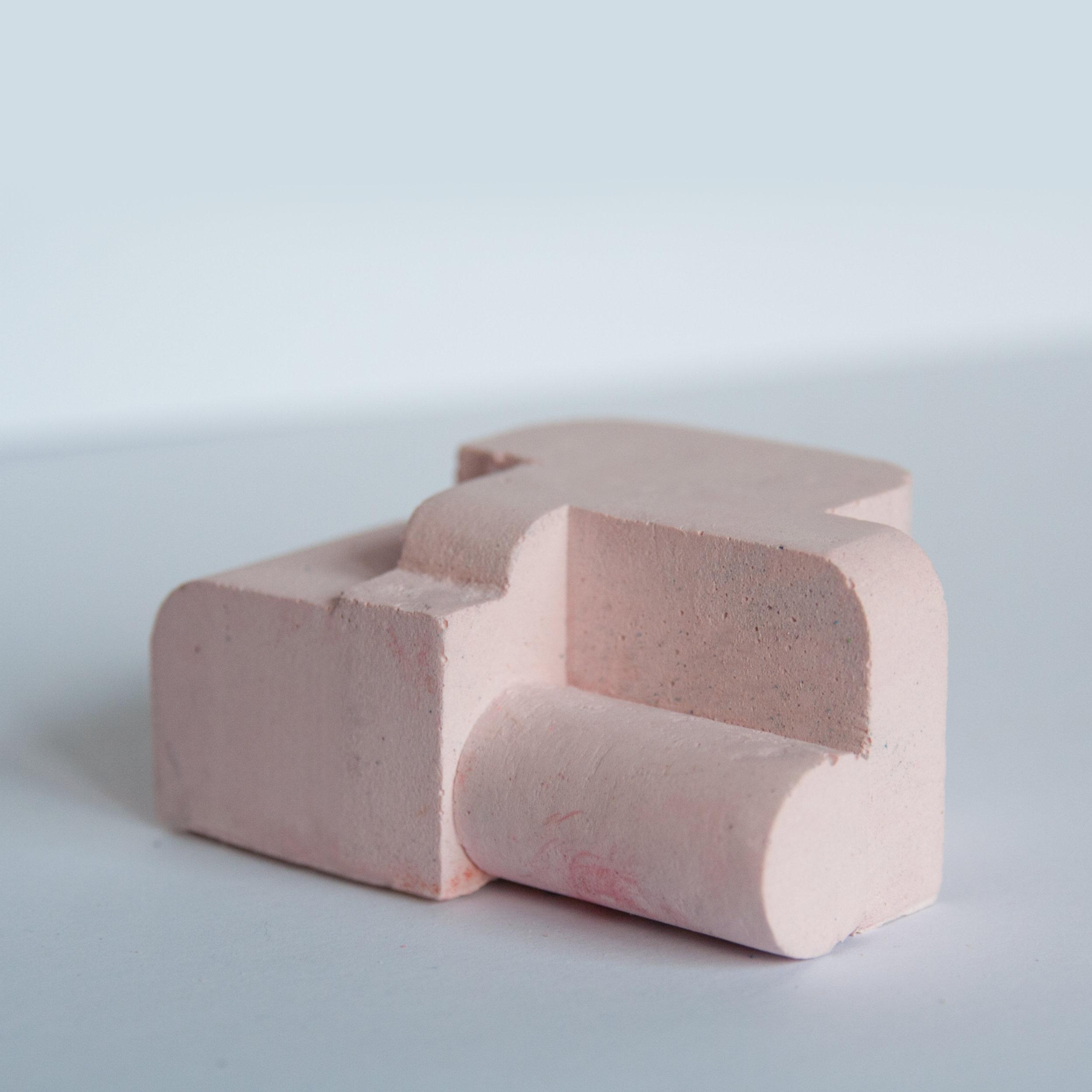 Pigmented plaster