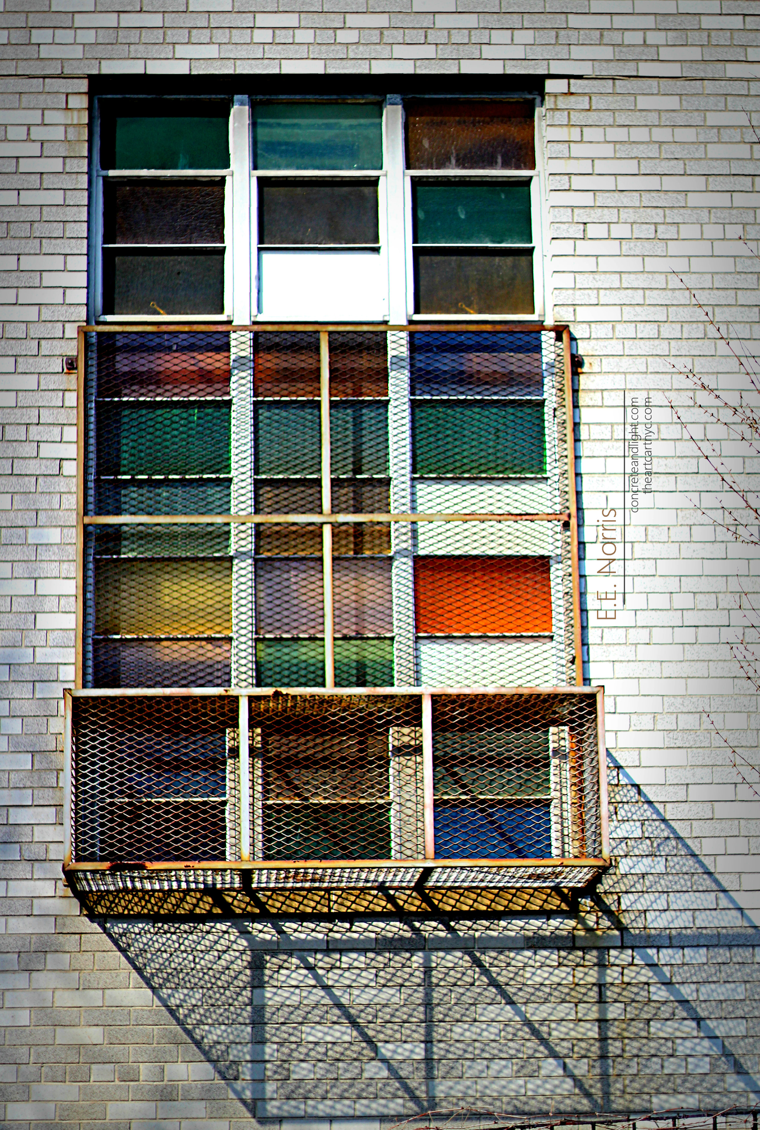 """Stained Glass Window in the """"Urbanesque"""" Style"""