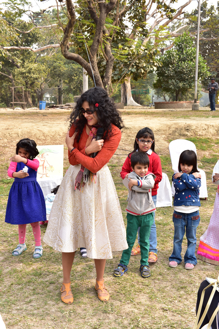 """""""Can you show me how you like to hug?"""" Celebrating Republic Day by the lakes, Kolkata Literature Meet,  January 26, 2016"""
