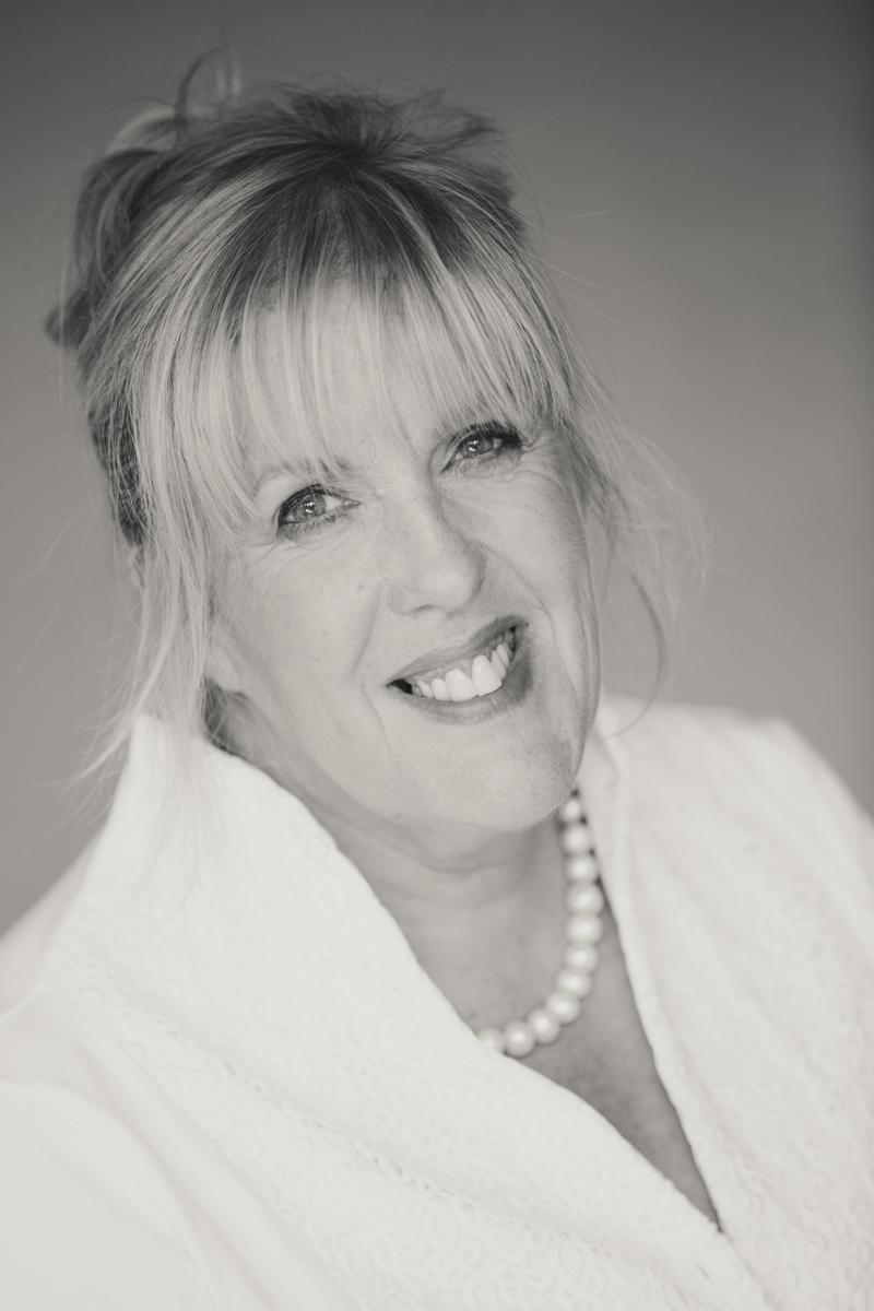 Angela Graham Photography: Headshots/Personal Branding