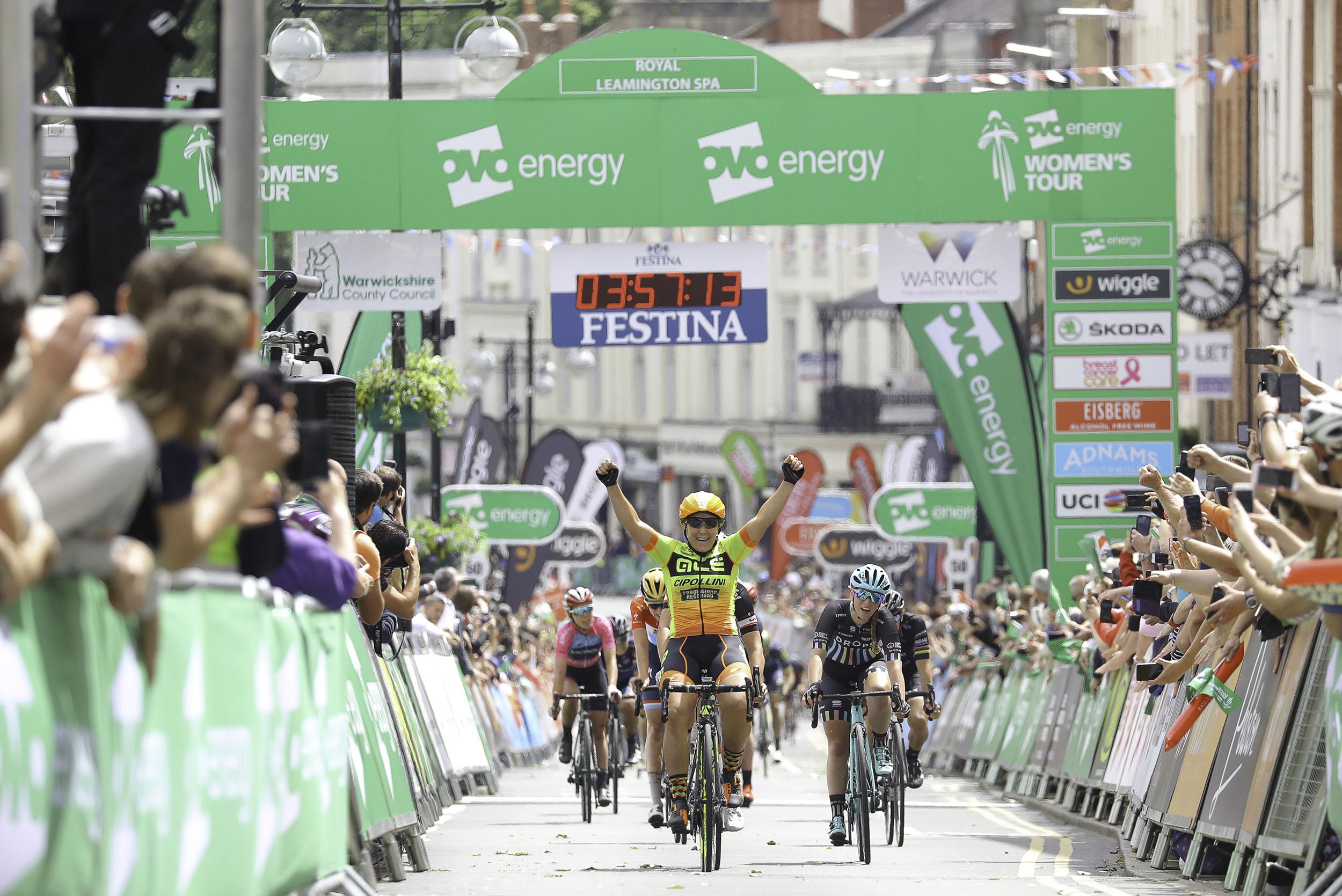 Chloe Hosking wins in Royal Leamington Spa_womens cycling.jpg