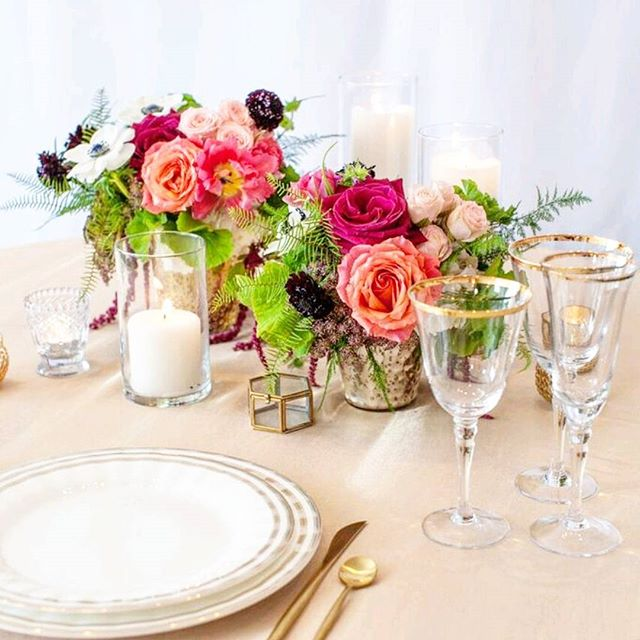 """Meet """"Bespoke"""" Our moody centerpiece in the Spring 2017 Collection. Click to purchase your wedding flowers online. . . . . . . . #weddingflowerpackages  #weddingflowers #longbeachwedding  #weddingflowersonline  #onlineweddingflowers  #instawed #longbeach #hotelmayawedding #hotelmaya #ebelloflb  #ebelloflbwedding"""