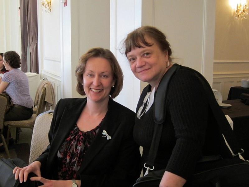 MACLAS President Ivani Vassoler and Past President Regina Root, 2011