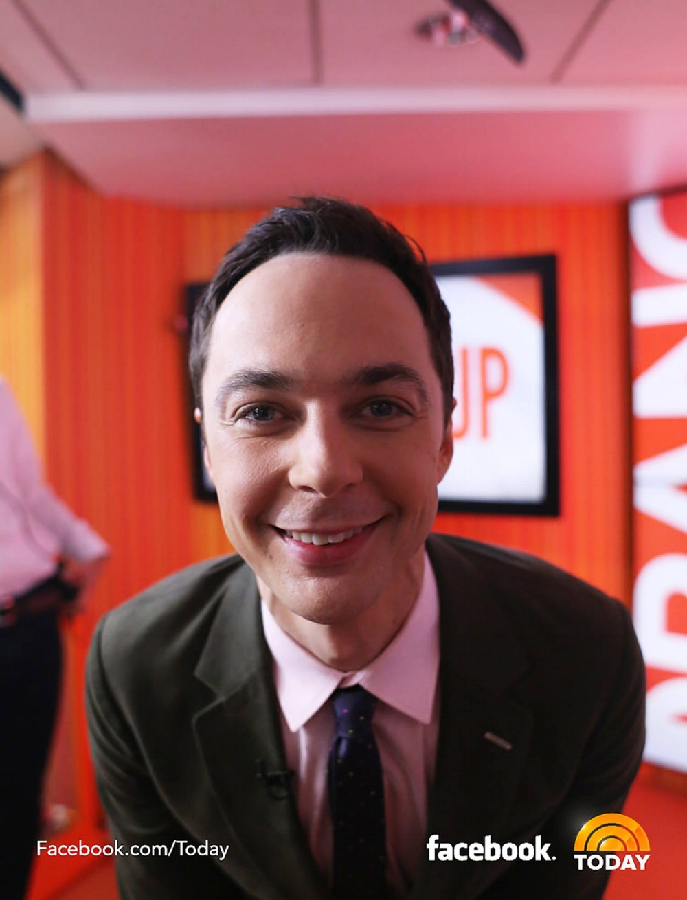 Jim Parson's using SELFIE backstage at the Today Show