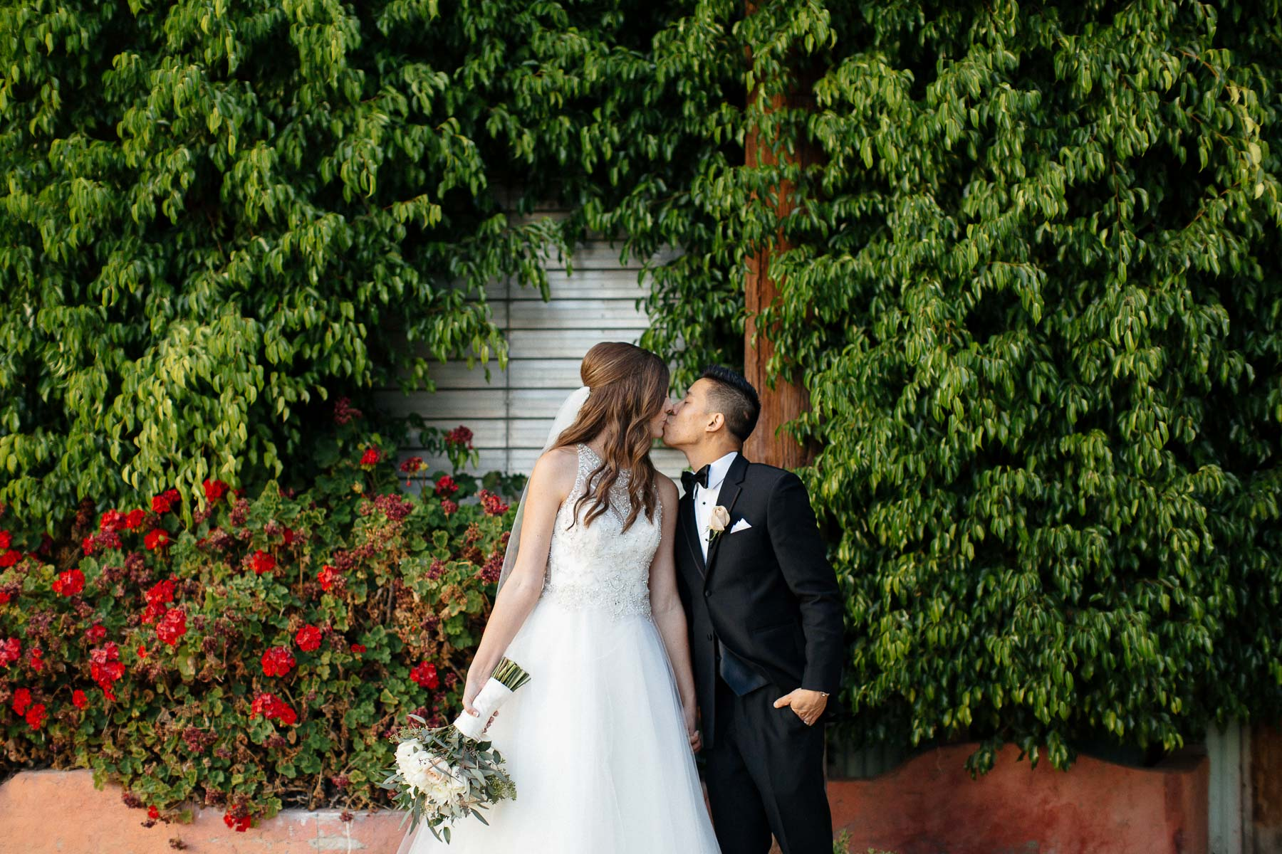 161112-Luxium-Weddings-Arizona-Jon-Madison-Boojum-Tree-First-Look-036.jpg